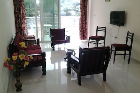 2 BHK Holiday Homes, Candolim Beach - Apartment