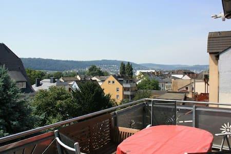 Traumhafte Aussicht über Rüdesheim - Rüdesheim am Rhein - Apartment