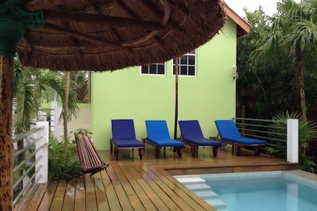 Botanical Paradise Caye Caulker - Haus