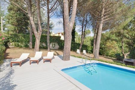 Villa La bruscola piscina privata - Barberino di Mugello