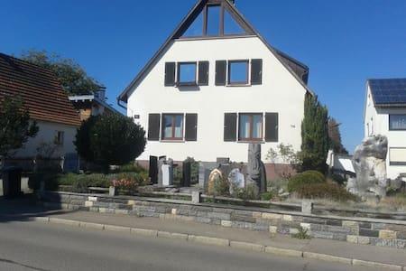 Ferienwohnung Steinreich - Alfdorf