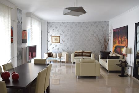 In the heart of Thessaloniki 180sqm