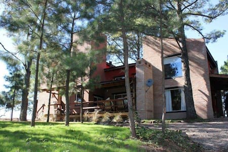 Casa de 3 dormitorios en Yacanto - Villa Yacanto - Casa