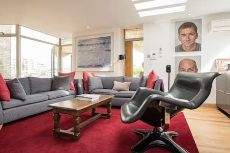 2-Bed Soho Penthouse w/roof garden