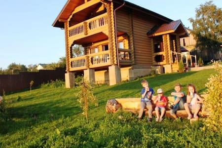 Два уютных домика из дерева - Большое Новосурино