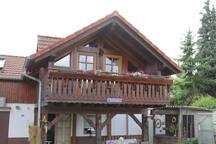 kompl. Holz Ferienhaus | 100 m² - 2 Etagen 5 Pers.