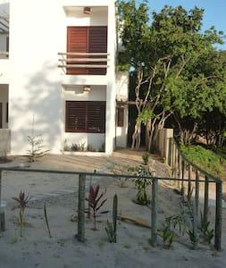 """""""What else"""" : Casa Duplex com pkg - Villa"""