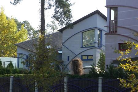 Дом в Дзинтари до пляжа 100 метров