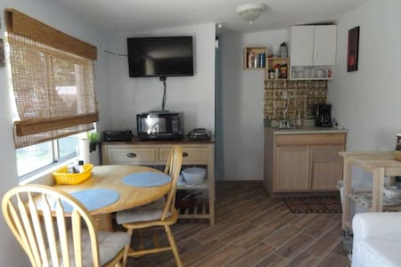 Charming 1 bedroom apartment - Glendale - Apartamento