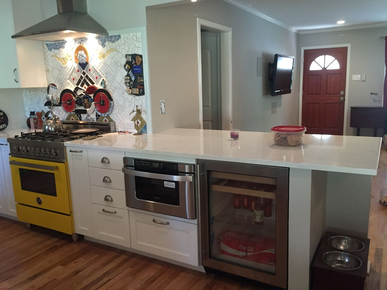 Newly remodeled kitchen and all new appliances