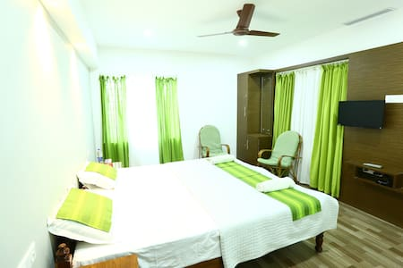 A Private Room at Misty Green Homestay - Bed & Breakfast