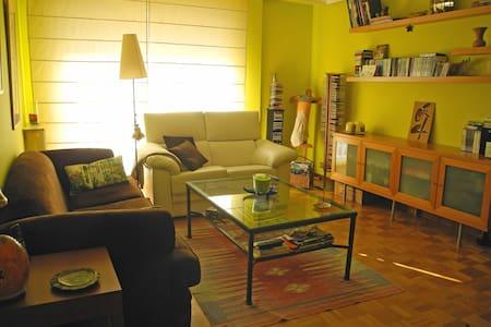 Apartamento luminoso de 50 m2 - Salamanca