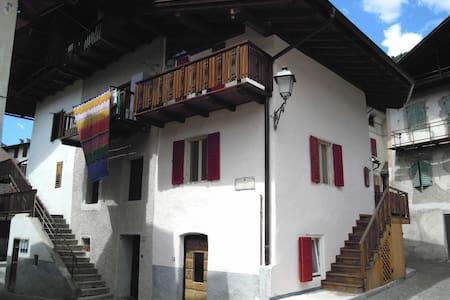Casa tradizionale a Primiero