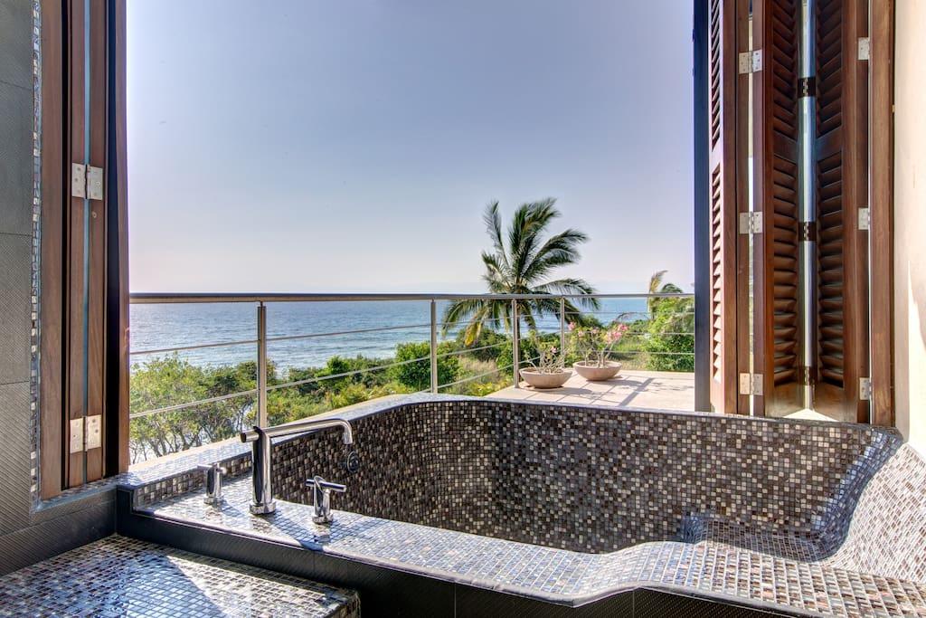Amazing Villa inside Four Seasons