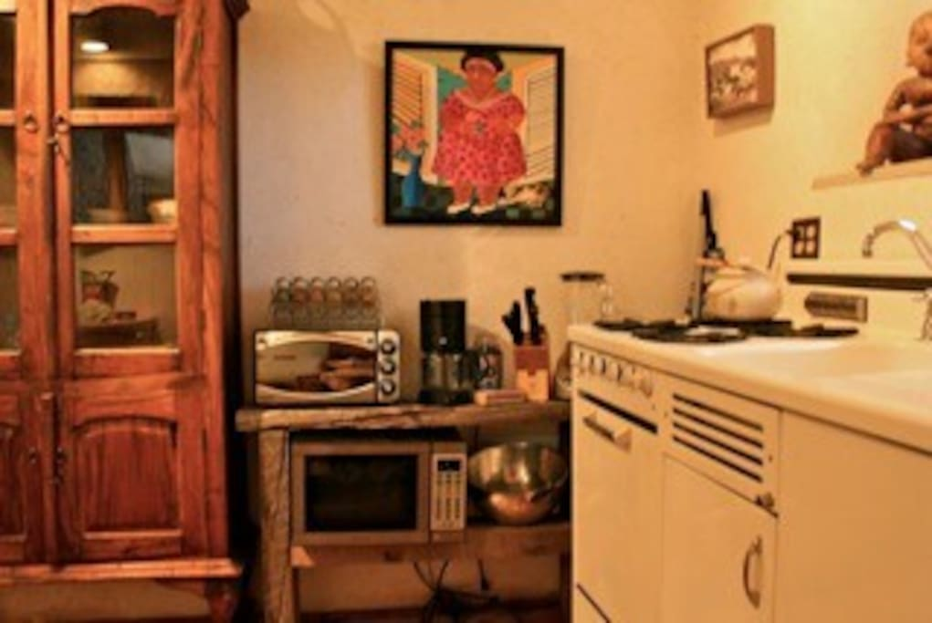Casita Morada's Vintage Kitchen