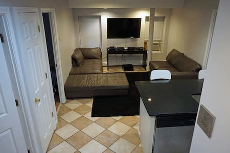 Historic North End Modern 2 Bed - Boston - Apartment