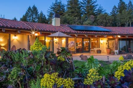 Mountaintop Ocean View Ranch - House