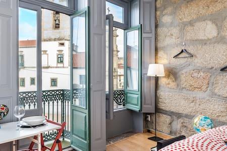 Oporto Downtown Studio Low-cost - Porto - Apartamento