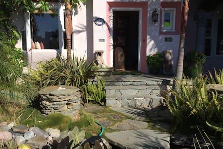 Seaside Artistic Charming Home 2!