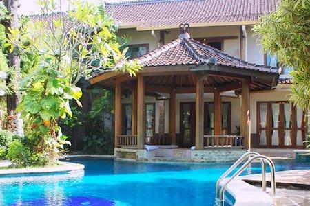 2BR Private Villa Seminyak - Mayang