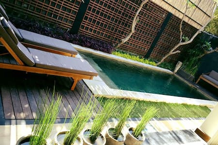 Villa Jones II Pool Villa -Seminyak
