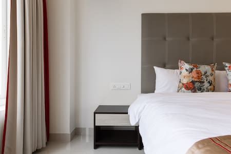 Extravagant private room in center of city - Hyderabad - Bed & Breakfast