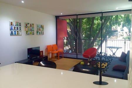 Private studio near Parque Lleras