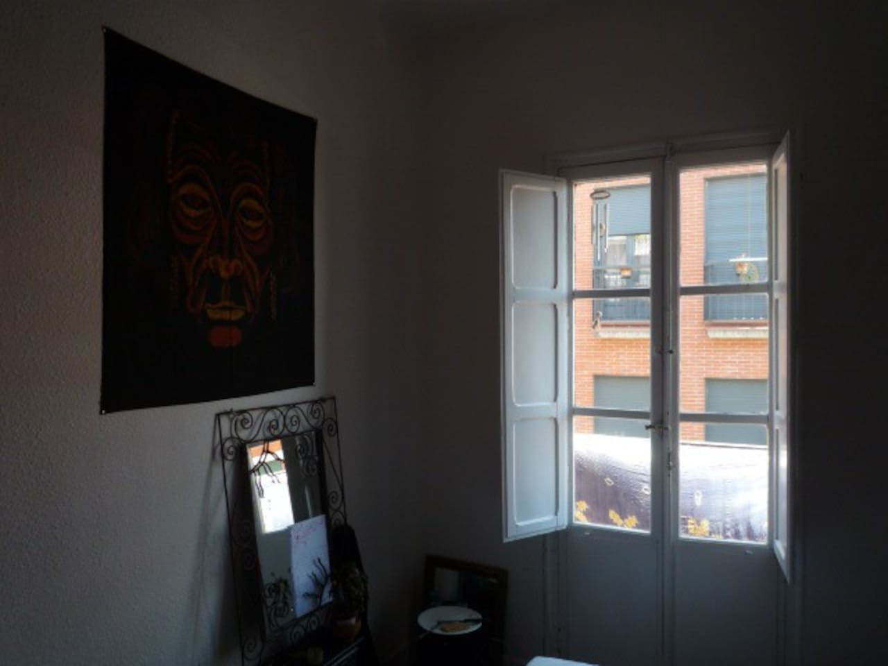 Room available in Madrid Center