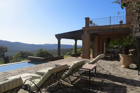 Alisoso, a luxurious spanish villa - Villa