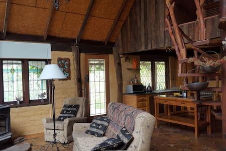 Romantic Bushland Retreat - Bilpin