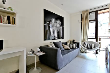 PRIME APARTMENT IN IPANEMA BEACH - Rio de Janeiro - Apartment