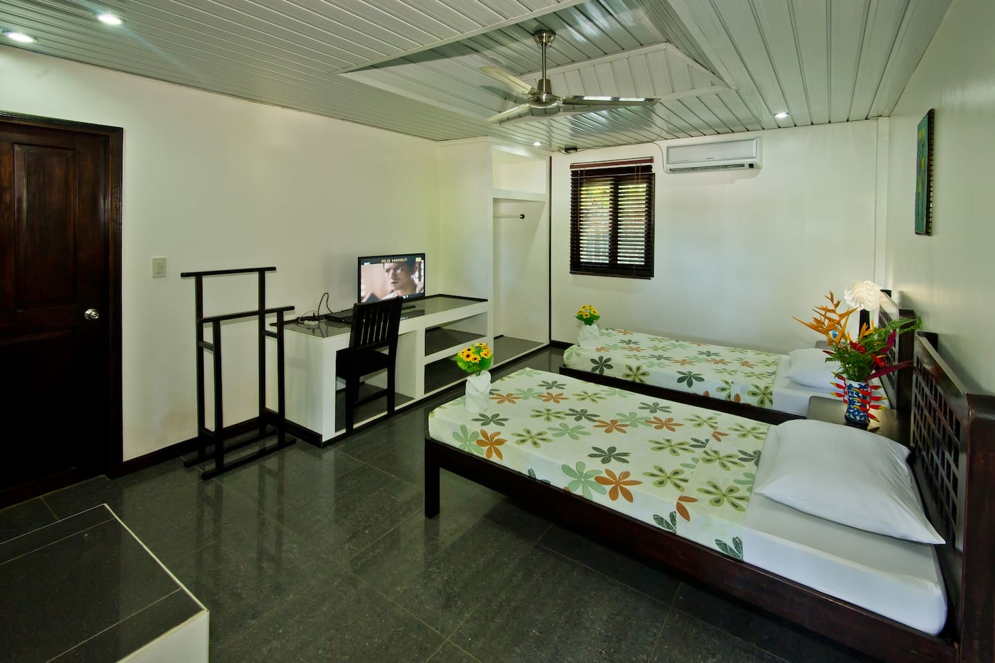 Deluxe Twin Room with 2 single beds