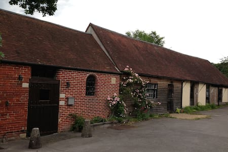 The Stables cosy barn conversion - Fareham - Appartement