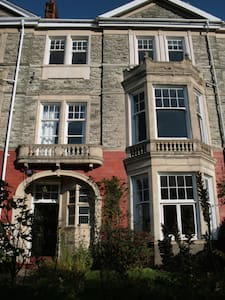 Beautiful Victorian Villa (1) - Newport - Bed & Breakfast