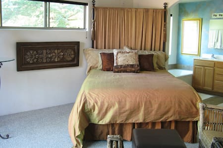 Casa Harmony Luxe Master Suite