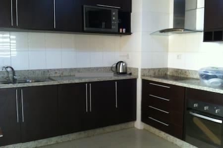 LUX Apartment Luanda - Luanda - Wohnung