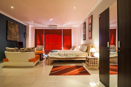 Stunning Fully Furnished Apartment3 - Kuta  - Apartment