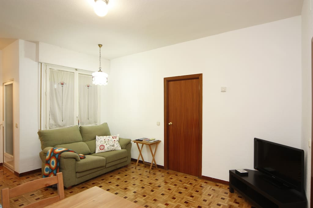 LOVELY APART 2 ROOMS 2 BATH 2 a 5 p
