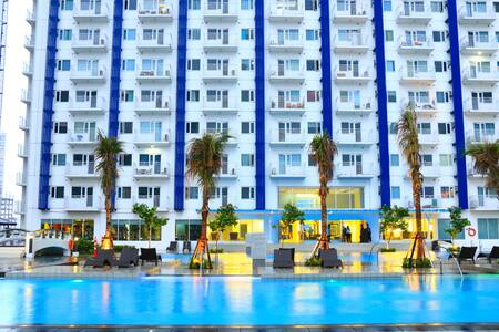 Resort-like living in Makati