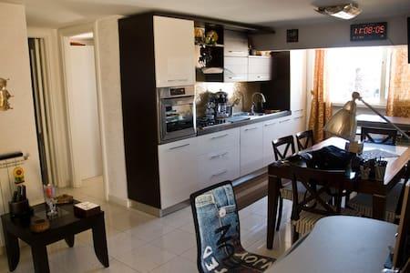 Glicini Apartment - Centocelle