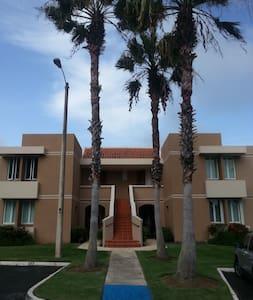 Villa Norte at North Coast - Dorado - Apartament