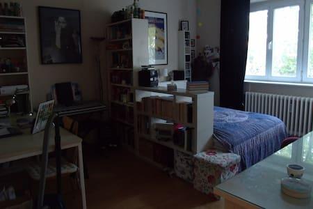 Zimmer mit Doppelbett (140x200) - Pis