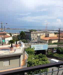 ARIOSO APPARTAMENTO VISTA PORTO - Vibo Marina - Apartment