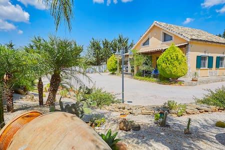 Villa nahe dem Strand von Selinunte - Partanna