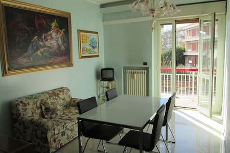 Four room apartment - Quadrilocale - Apartment