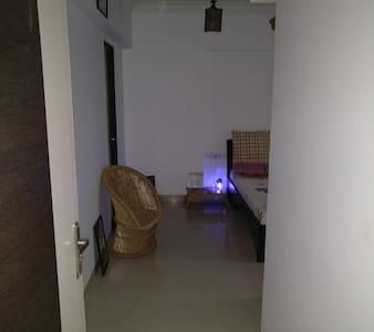 Spacious Single Room - Mumbai - Lakás