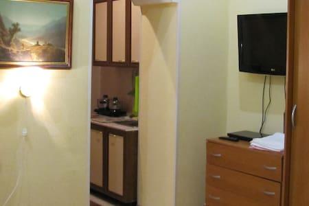 Сдам благоустроенную квартиру ян2 - Wohnung