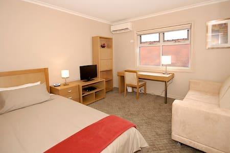 Single Rm GuestHouse Brunswick PR11 - Ev