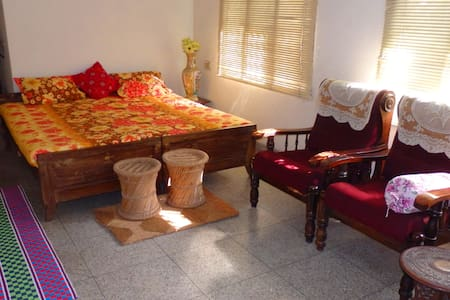 COMFY STAY Fort Kochi INN - Bed & Breakfast