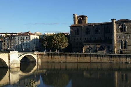 Vue sur vieille ville Romans - Bourg-de-Péage